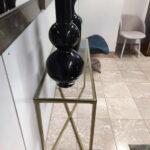 Consola Cruzada Dourada com tampo em vidro e pes dourados 5
