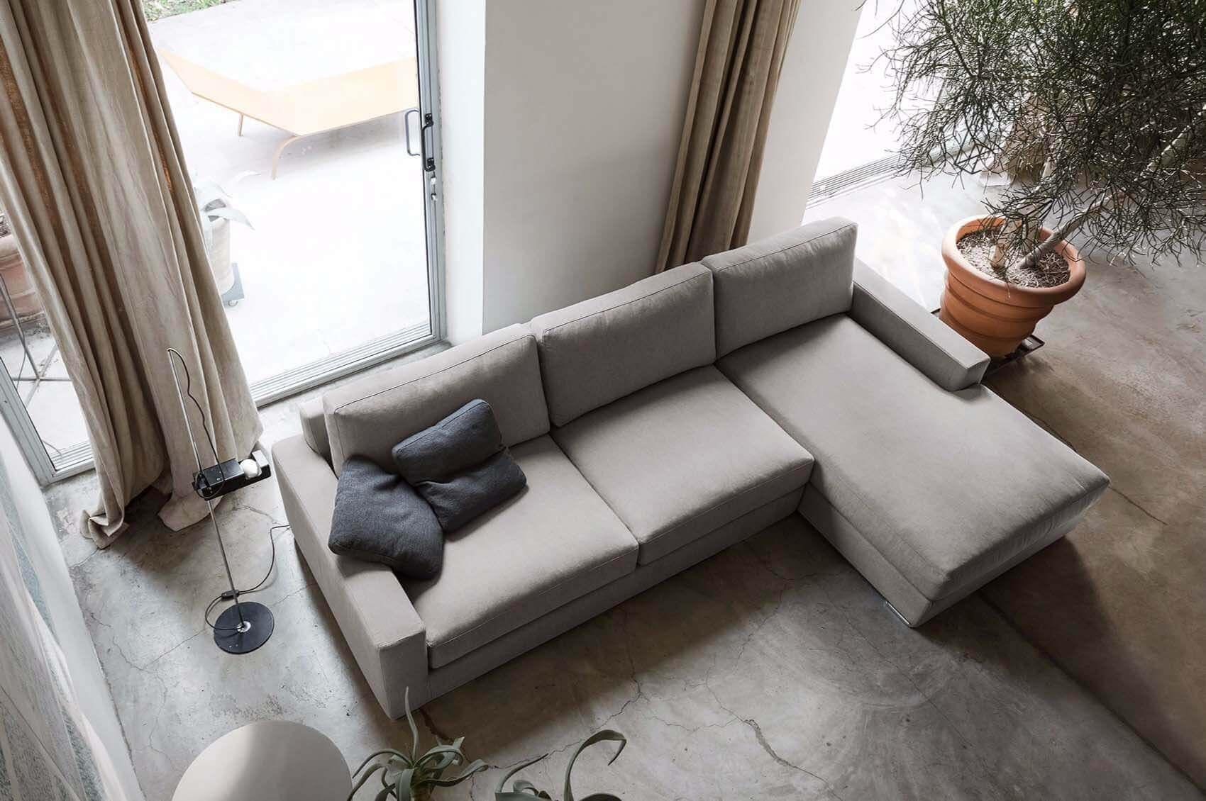 Sofa Chaise Sophie -com pés em Inox ref SofaChaise019PIN
