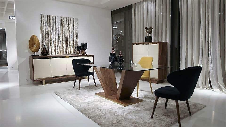Sala de Jantar Fugi - Móveis por Medida Sala de Jantar - Crispalmóvel Loja de Móveis e Decoração no Porto e em Guimarães