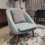 Cadeirao Azul Marinho Esverdeado Porcelos 2 scaled