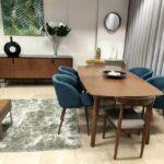 Conjunto Sala de Jantar Jota com Mesa de Jantar Retangular Extensivel de pontas curvas Aparador e 4 Cadeiras 2