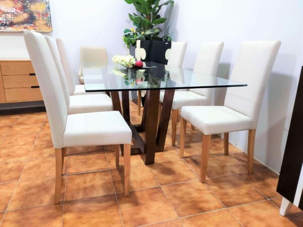 Mesa de Jantar Vidro Will com Tampo em Vidro e Pes cruzados em Carvalho cor chocolate 5 scaled