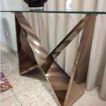 Consola com tampo de vidro e pes em metal gold rose Borboleta 4