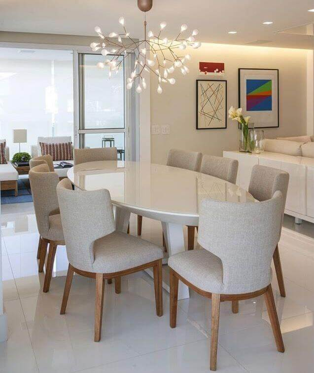 Cruzada Oval Mesa de Jantar Oval Branca Moderna com Pes Cruzados e Tampo Madeira Branca