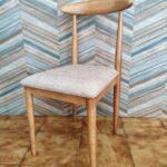 Cadeira Vintade Madeira Castanho Claro e assento tecido mesclado bege 2