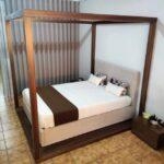 Cama de Casal Coberta Thai Esturtura em nogueir a e cama estofada tecido bege 8