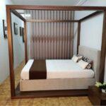 Cama de Casal Coberta Thai Esturtura em nogueir a e cama estofada tecido bege 9