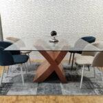 Mesa de Jantar de Vidro Quadrada com pe cruzado em Cerejeira 3