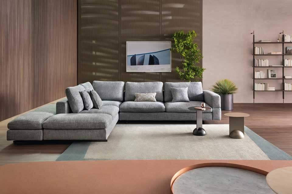 Sofa de Canto Por Medida Atenas em tecido cinza e pes em