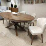 Kiara Mesa de Jantar Extensivel Oval em Nogueira com pe centrado em cruz Crispalmovel Loja de Moveis e Decoracao 3