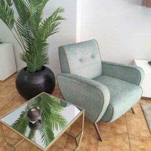 James Cadeirao Veludado tons verdes com vivo e pes em Nogueira Crispalmovel 3