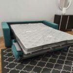Sofa Cama 2 Lugares Goya Tecido cor Turquesa colchao 140x185cm e pes pretos Crispalmovel 4